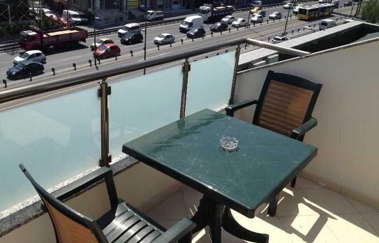 Grand Hotel Avcilar - Terrace - 36