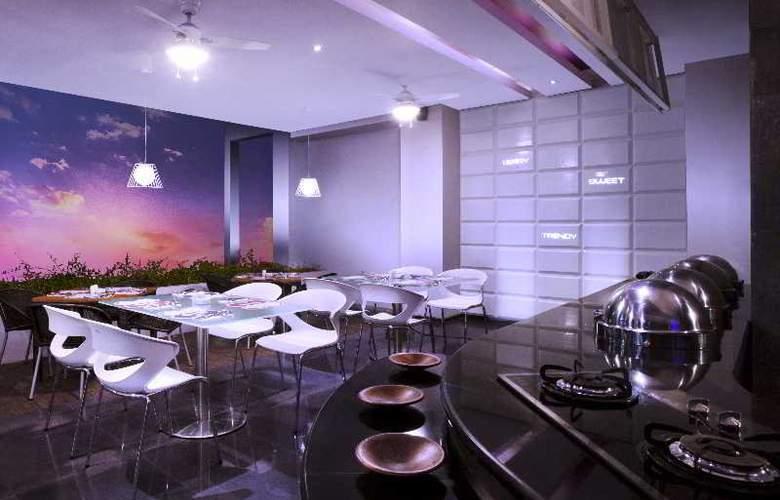 Berry Hotel Bali - Restaurant - 0