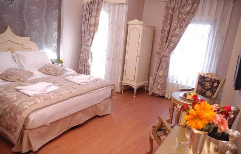 Saba Sultan - Room - 16