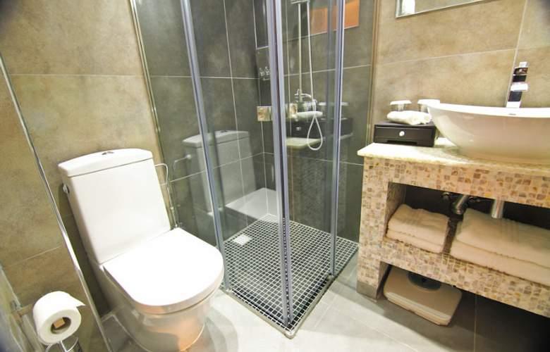 Achilleos City Hotel - Room - 5