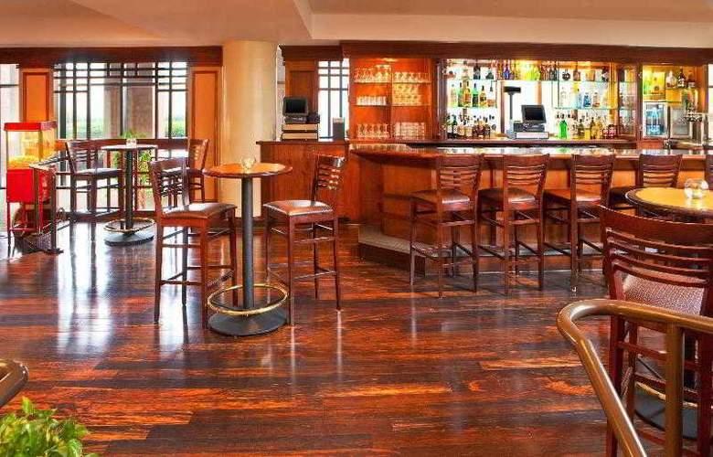 Sheraton Gateway Hotel Atlanta Airport - Bar - 31