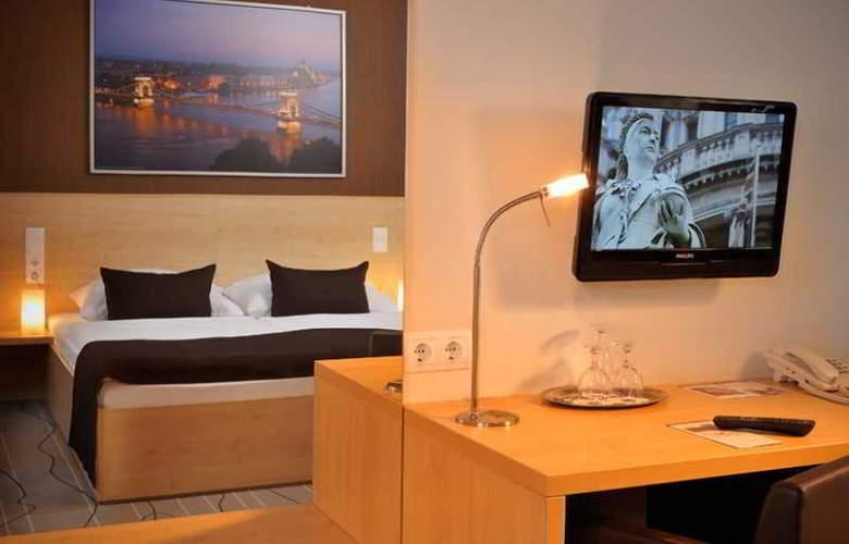 Promenade City Hotel - Room - 5