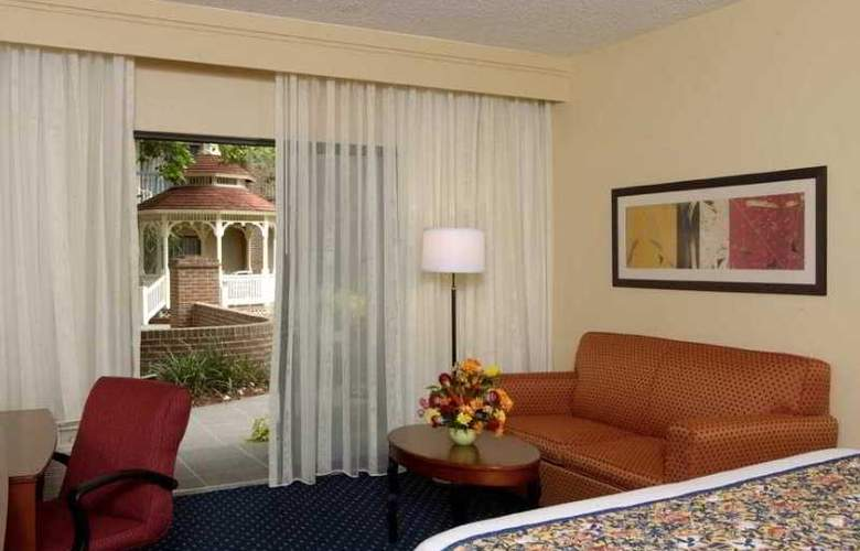 Courtyard by Marriott Ft Lauderdale Plantation - Room - 2