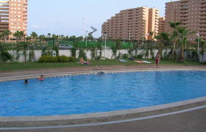 Marina Park - Pool - 9