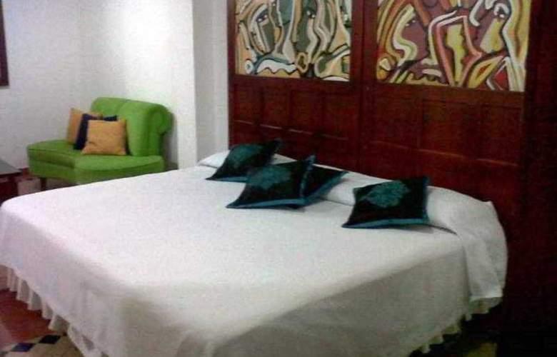 Nuevo Hotel Cafe Real - Room - 0