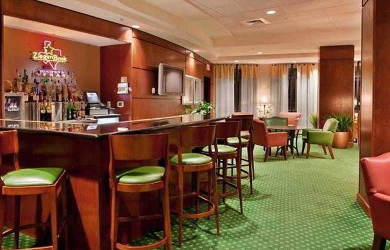 Courtyard Austin Airport - Hotel - 8