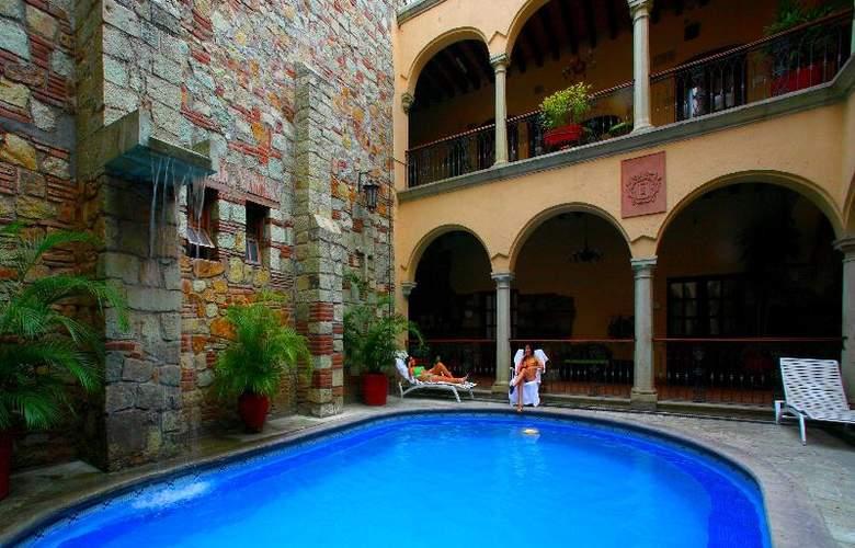 CasAntica - Pool - 13