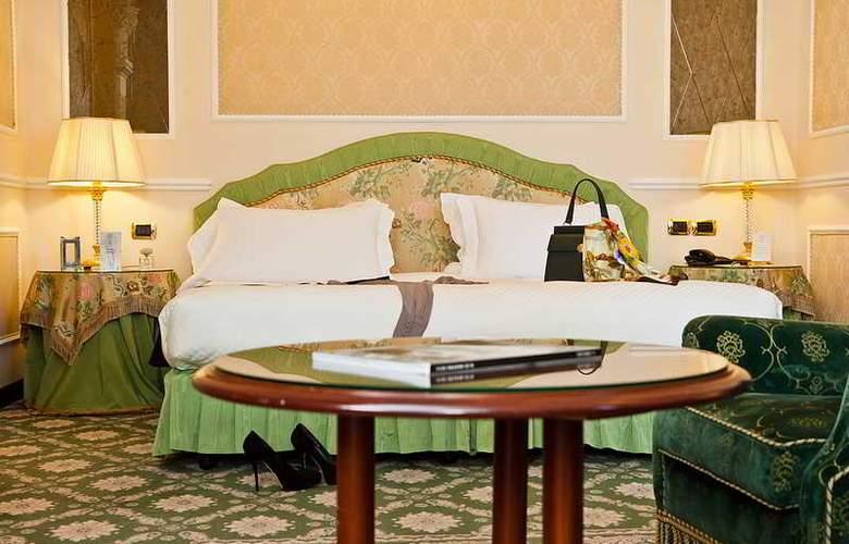 Bernini Palace - Room - 15