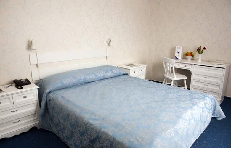 Continental Tirgu Mures - Room - 3