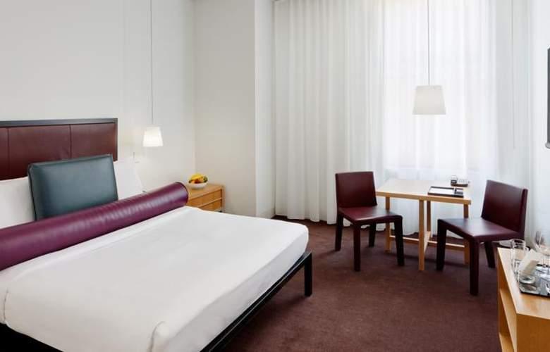Bryant Park - Room - 8