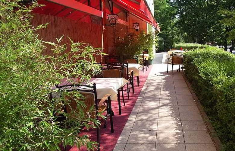 Alecsa Hotel Am Olympiastadion - Terrace - 5