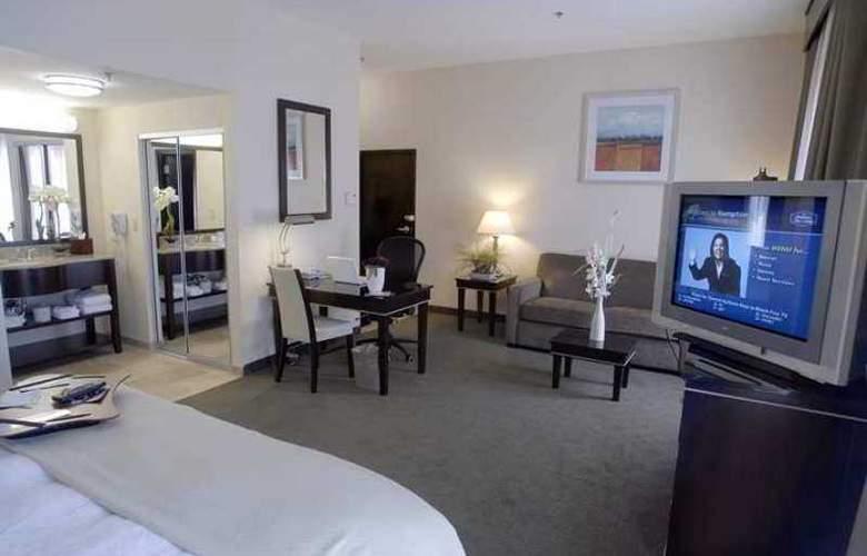 Hampton Inn & Suites Las Vegas South - Hotel - 10