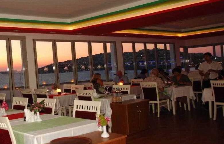 Yelken Spa Hotel - Restaurant - 11