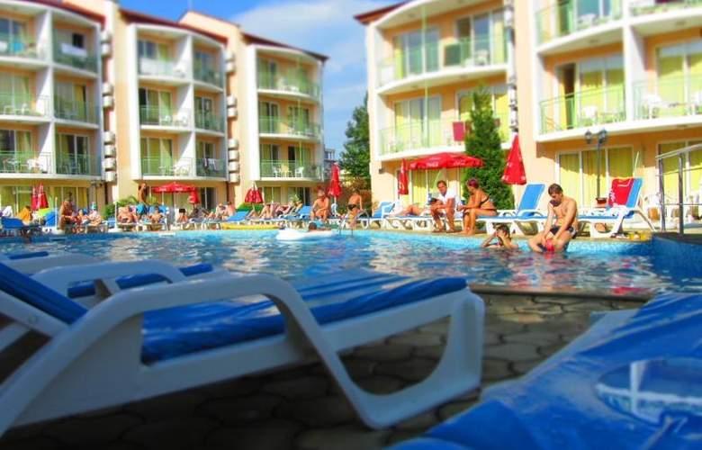 Sun Village - Pool - 15