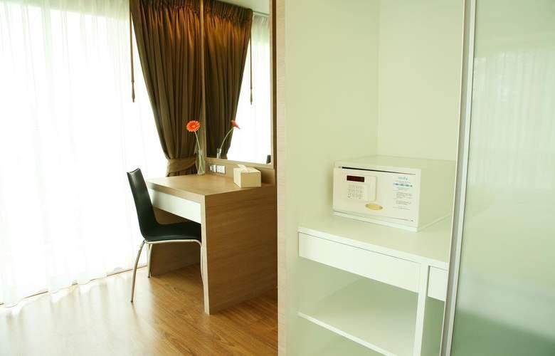 Golden Pearl Residences - Room - 8