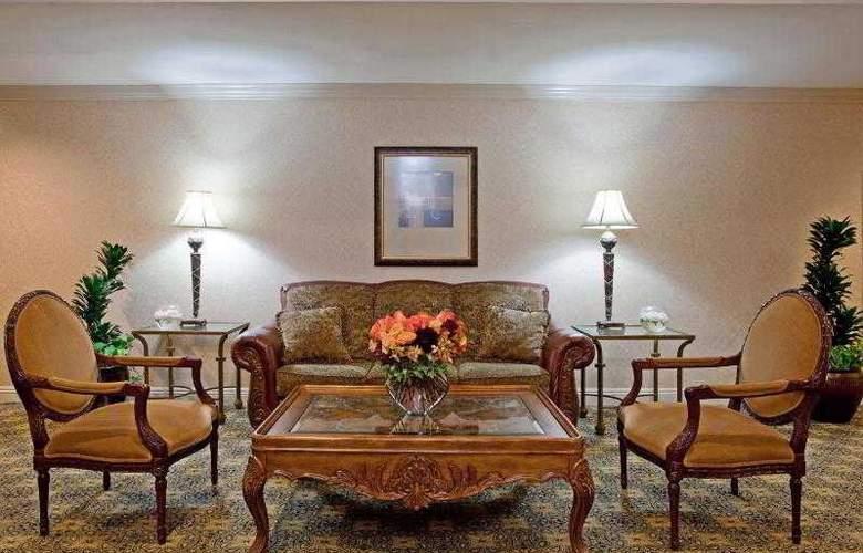 Beverly Hills Marriott - Room - 31