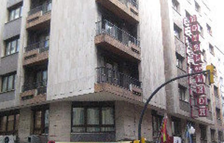 Leon - Hotel - 0