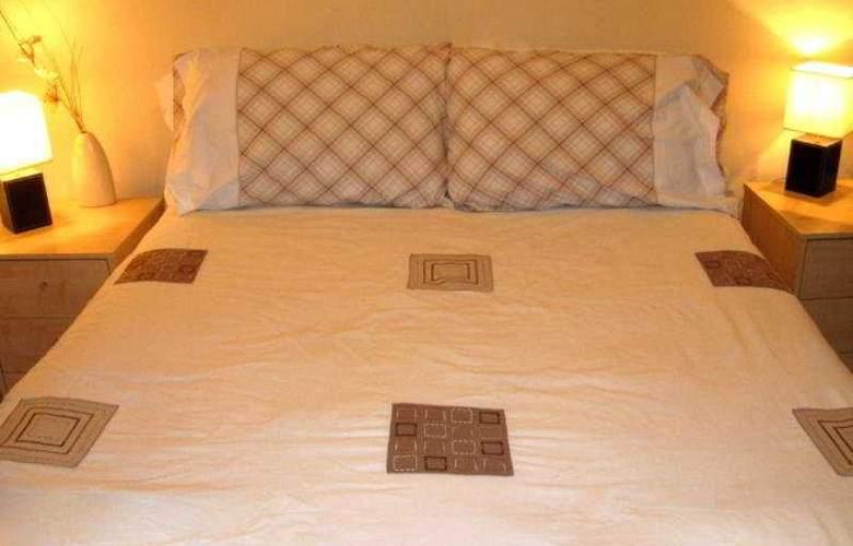 Regent House - Room - 4