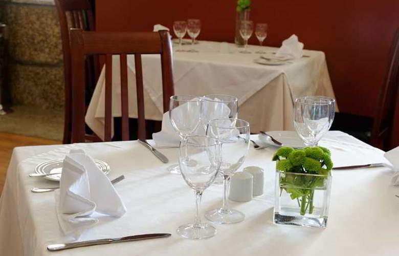 Golden Tulip Braga - Restaurant - 38