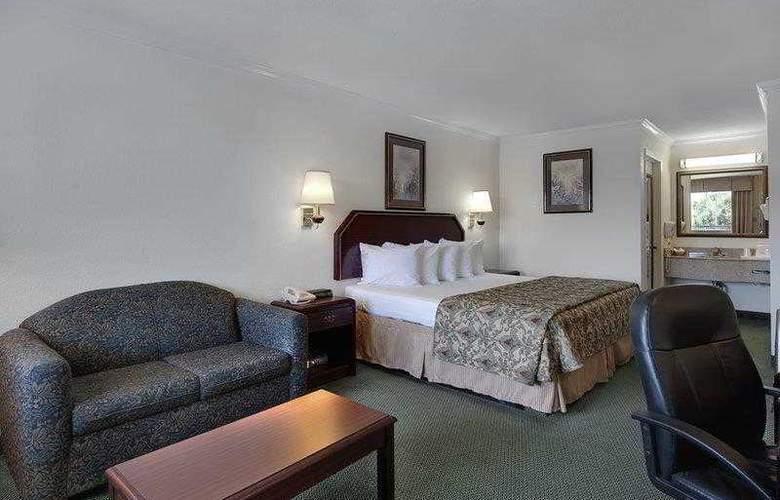 Best Western Garden Inn - Hotel - 11