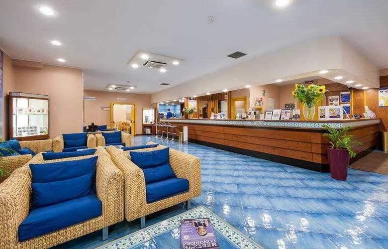 Best Western Mediterraneo - Hotel - 15