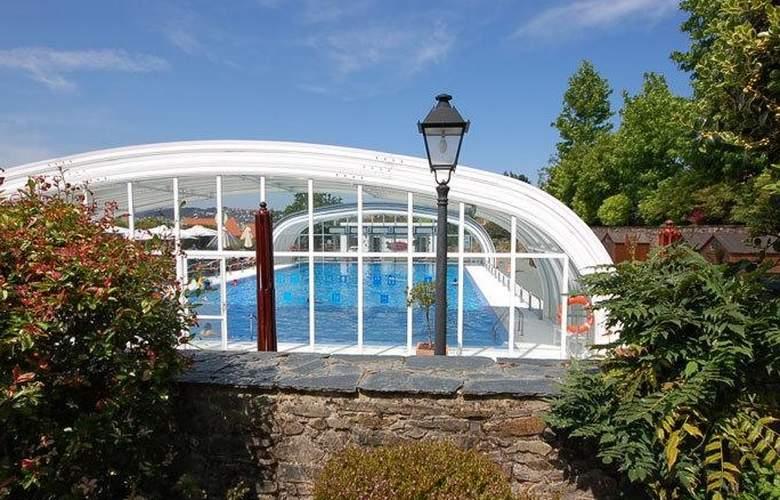 Arcea Hotel y Apartamentos Pazo Do Rio  - Pool - 3