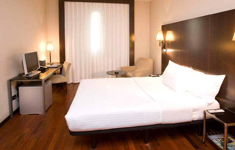 AC Valencia by Marriot - Room - 1