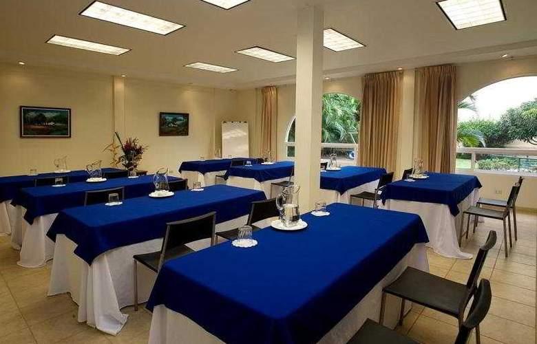 Apartotel & Suites Villas del Rio - Conference - 7