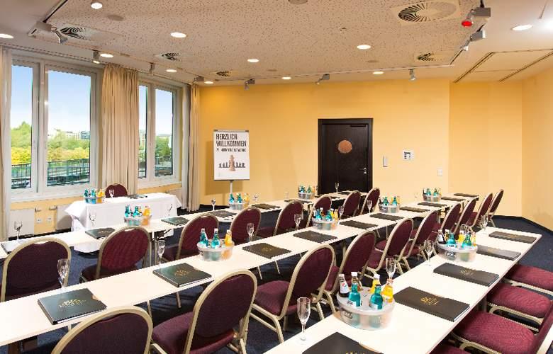 GOLD INN - Adrema Hotel - Conference - 25