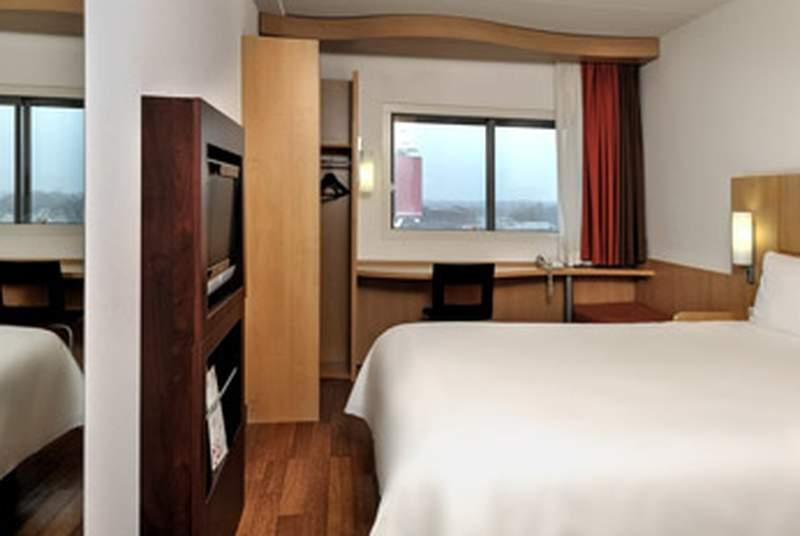 Ibis Amsterdam Centre - Room - 5