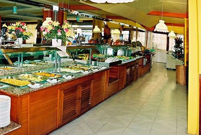 Tropical - Restaurant - 11