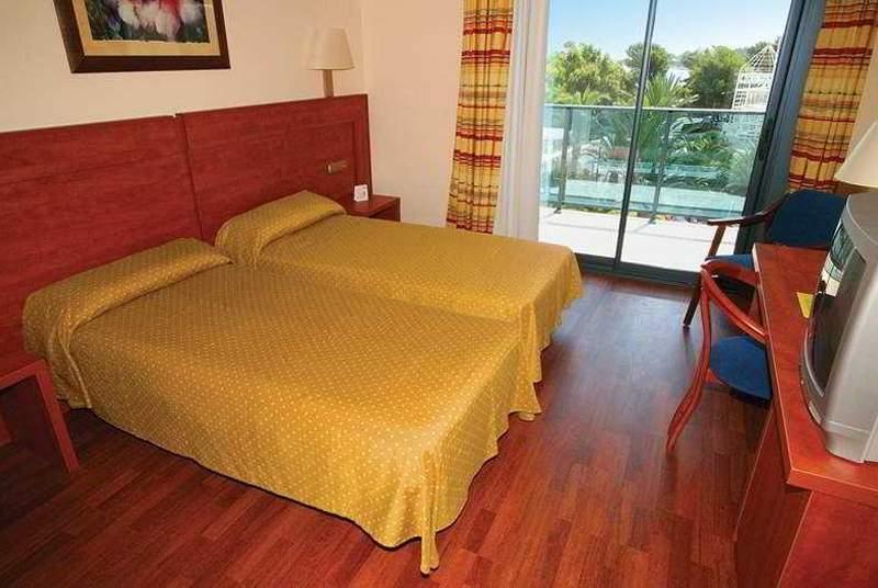 Port Denia - Room - 8