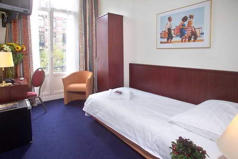 Alexander - Room - 3