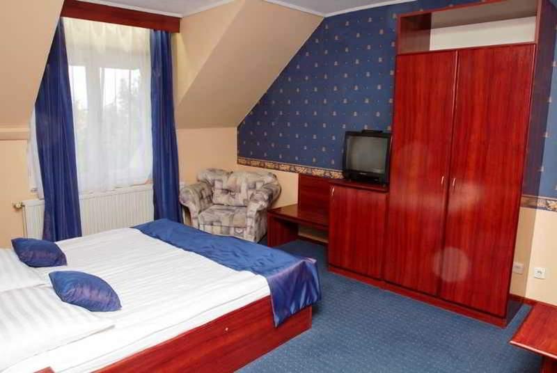 Classic - Room - 7