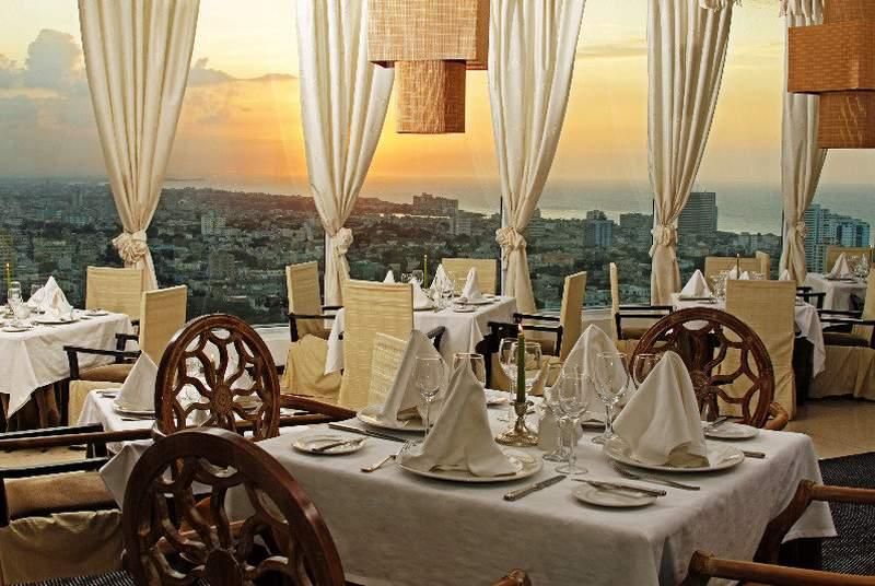 Tryp Habana Libre - Restaurant - 21