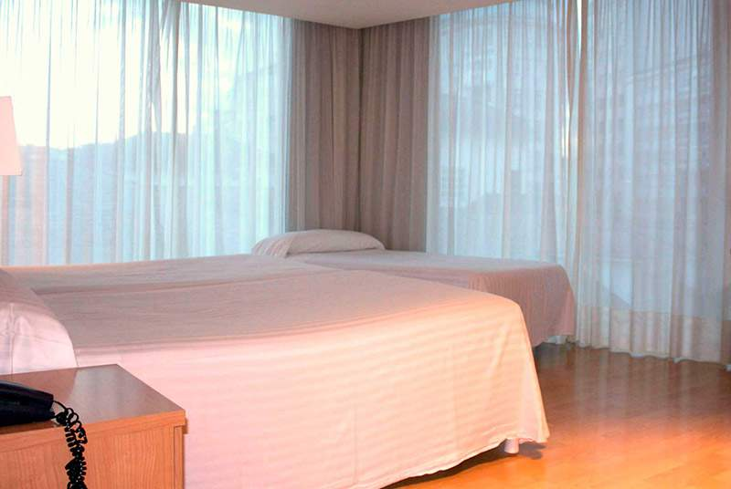 Exe Puerta de San Pedro - Room - 9