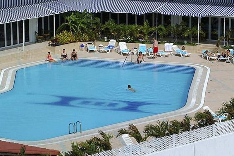 Tryp Habana Libre - Pool - 14