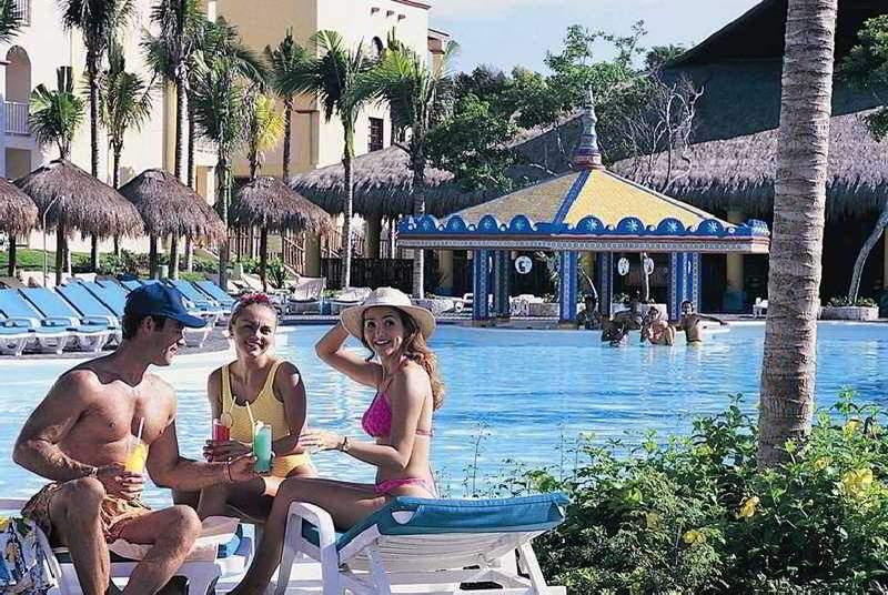 Riu Yucatan - Pool - 6