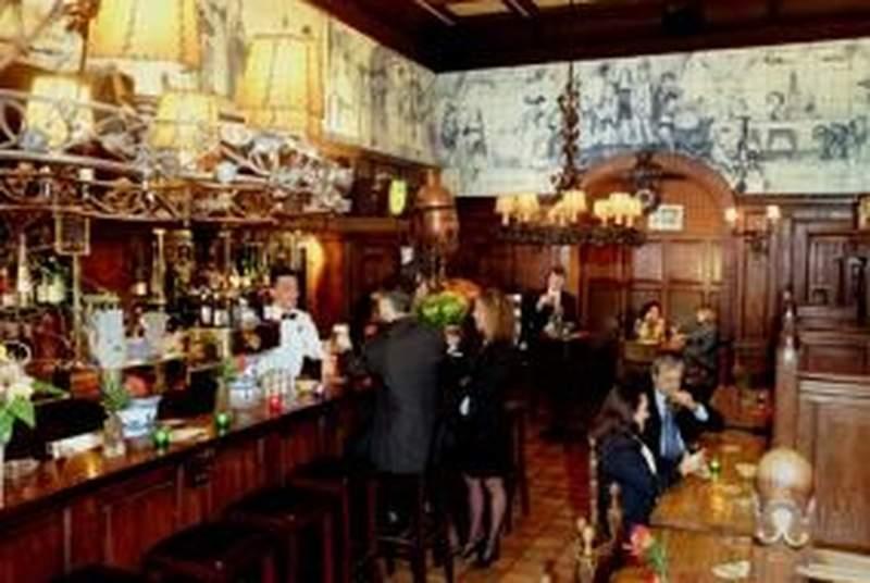 Die Port Van Cleve - Bar - 12