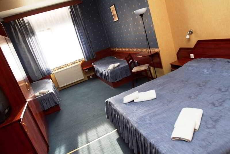 Classic - Room - 9