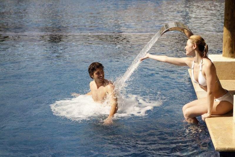 Barceló Bavaro Palace - Pool - 17