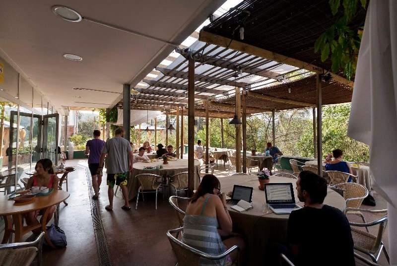 Inout Hostel - Restaurant - 6